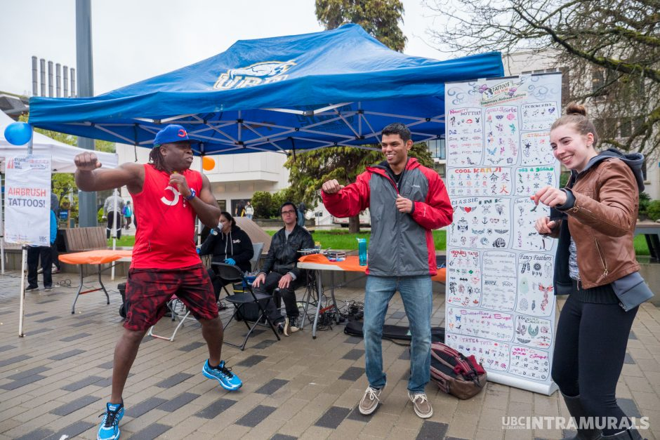 Have fun with free activities | Storm the Wall Party on the Plaza